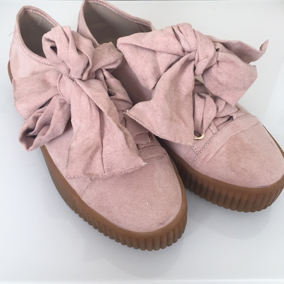 6143762f2bfde MissGuided Pink Bow Tennis shoe EU 39 UK 6 / US 8